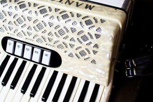 Akkordeon lernen Akkordeonunterricht MKAW Freie Musikschule Wildau Musikunterricht Akkordeon mieten ausleihen
